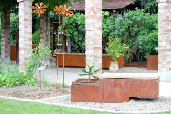 Gartenbank aus Cortenstahl von ums Metall