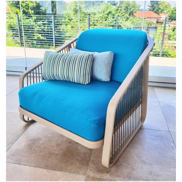 """CORO Outdoor Lounge Sessel """"Sally"""" in türkis mit Zierkissen"""