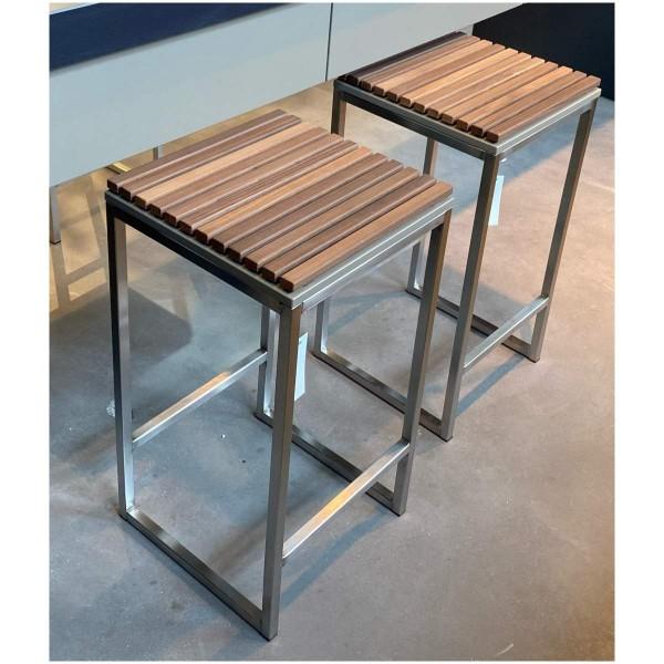 Herrenhaus-Werkstätten CUBIC Barhocker C2 mit Holzlamellen für Kücheninsel